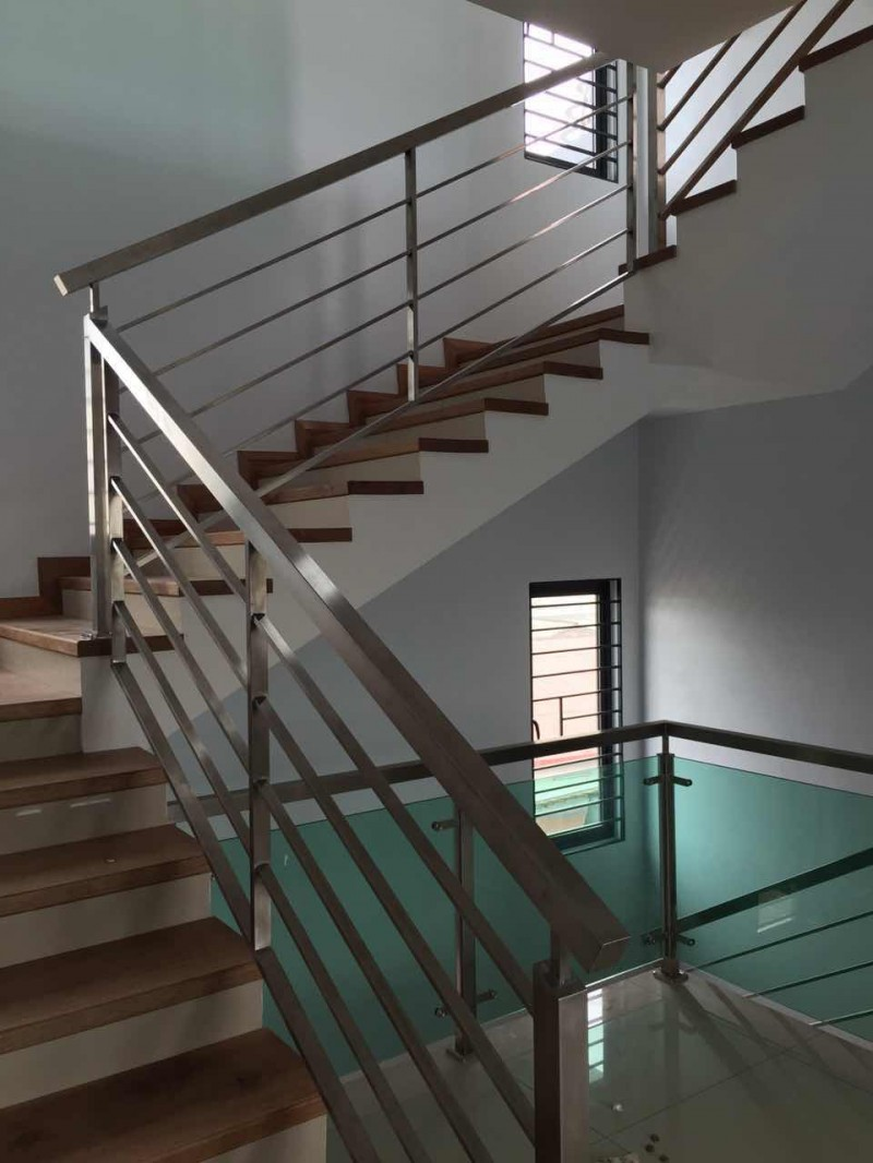 Stainless Steel Staircase Handrail - 05