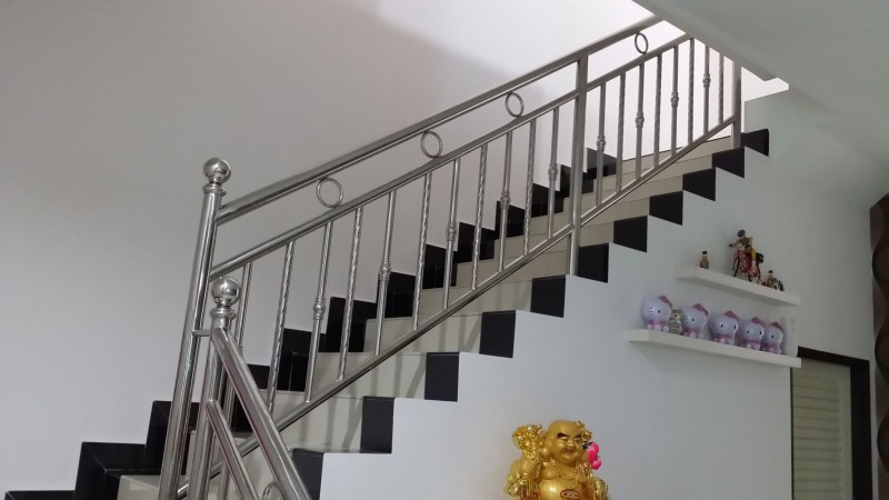 Stainless Steel Staircase Handrail - 04