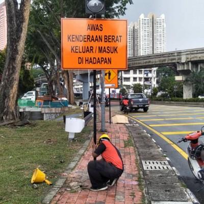 Traffic Solar Signage